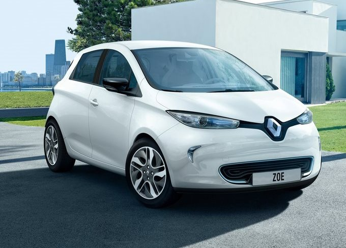 Renault: a Parigi la Zoe con 350 km di autonomia?