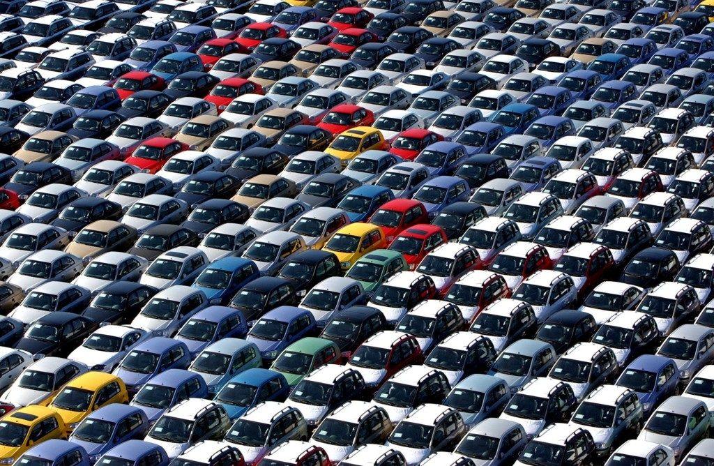 Acquisto dell'auto: il 96% lo fa dopo aver consultato il web