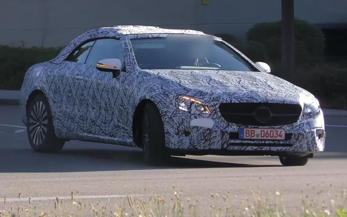 Mercedes Classe E Cabrio MY 2018: proseguono i test su strada del muletto [VIDEO SPIA]