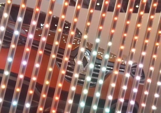 Renault: concept car per il Salone di Parigi 2016