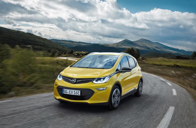 Opel Ampera-e, suo il premio Ecobest 2016