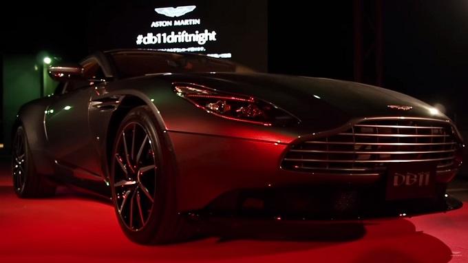 Aston Martin DB11, il lancio in Giappone è uno spettacolo di drift [VIDEO]