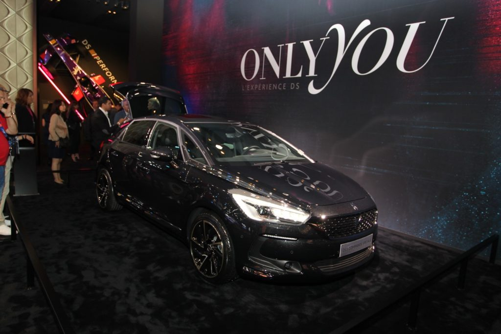 DS Automobiles svela la DS 5 Commande Spéciale al Salone di Parigi 2016 [VIDEO INTERVISTA]