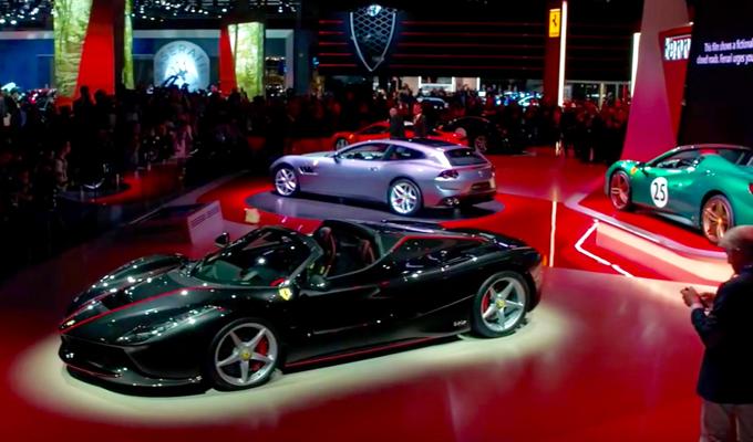 Ferrari al Salone di Parigi 2016: potenza e storia con LaFerrari Aperta e le livree Tailor Made [VIDEO]