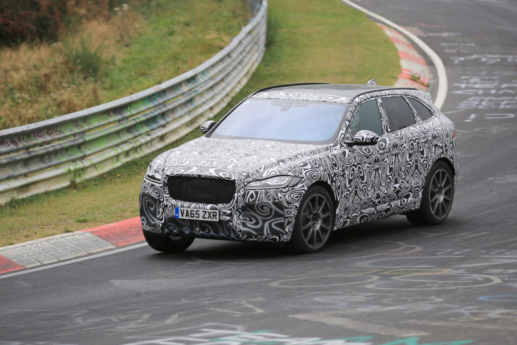 Jaguar F-Pace SVR: test drive al Nurburgring [VIDEO SPIA]