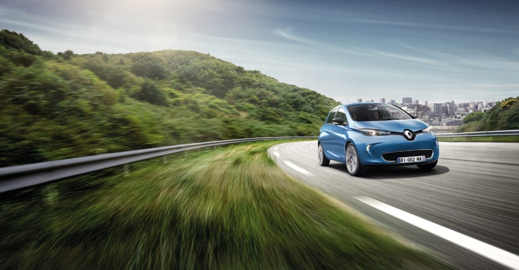 Al Salone di Parigi 2016 Renault lancia la Zoe con un'autonomia di 400 km