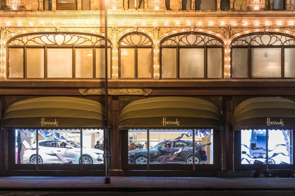 Maserati: la nuova Levante in vetrina da Harrods