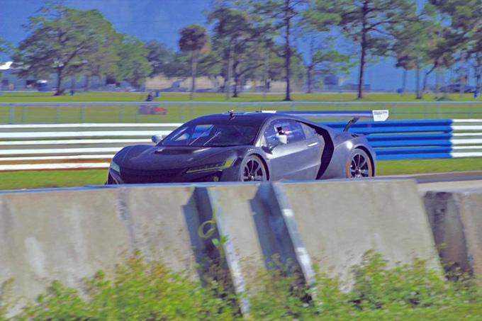 Acura NSX GT3: impegnata nei test a Sebring [VIDEO]
