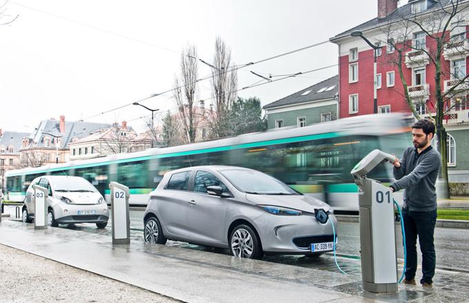 """Renault: occhi puntati sul mercato cinese per introdurre un modello elettrico """"low cost"""""""