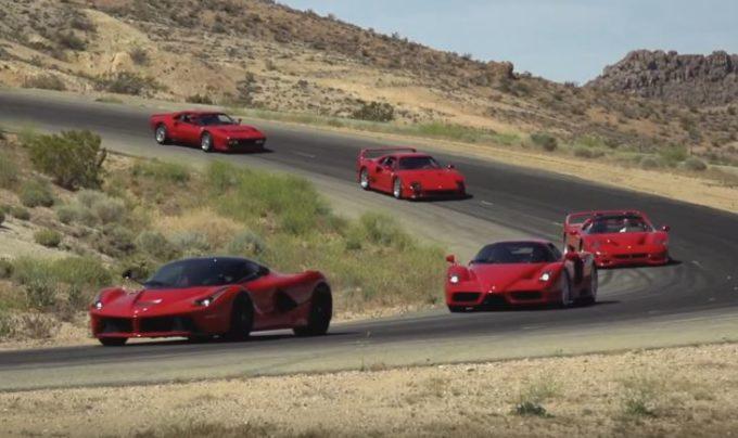Ferrari, cinque primizie del Cavallino in strada tutte insieme con Jay Leno [VIDEO]