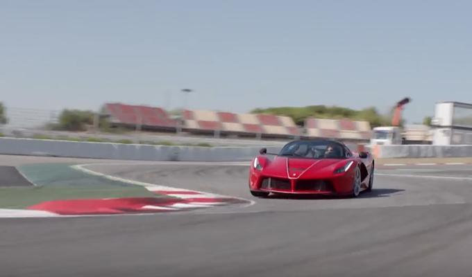 Ferrari LaFerrari Aperta: tante emozionali prospettive di potenza [VIDEO]