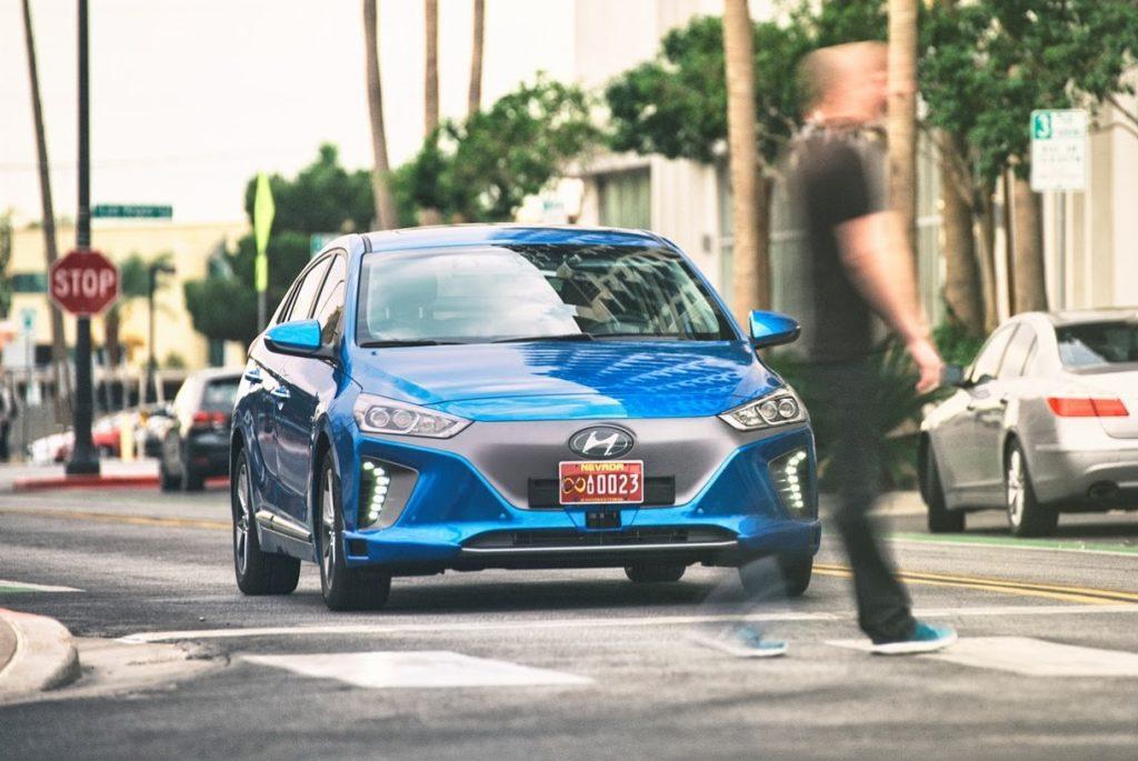 Hyundai Ioniq a guida autonoma: la concept coreana che si muove da sola [FOTO]