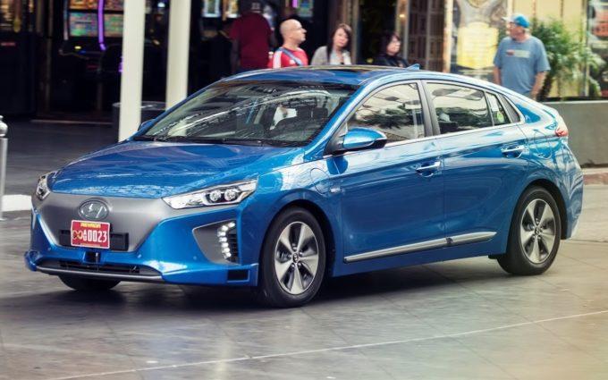 Los Angeles 2016: Hyundai IONIQ Autonomous Concept, prototipo a guida autonoma [FOTO]