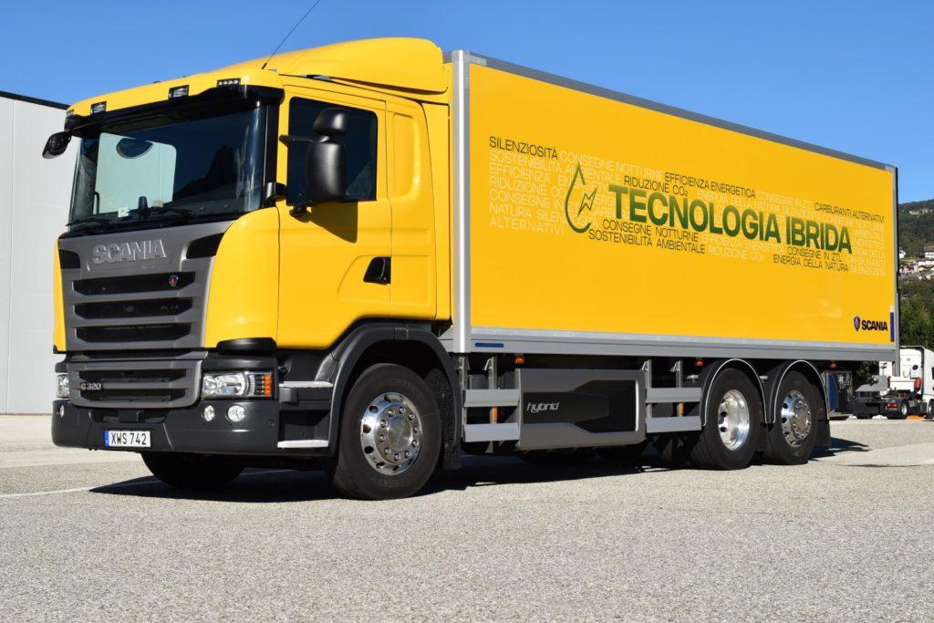 Scania a Ecomondo: anteprima italiana per il nuovo camion ibrido