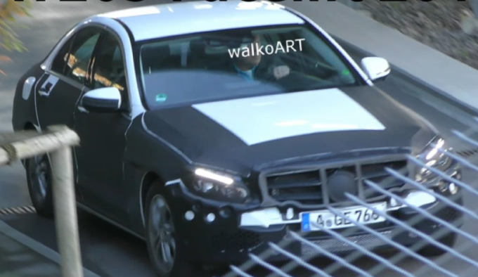 Mercedes Classe C: prime immagini del facelift [VIDEO SPIA]