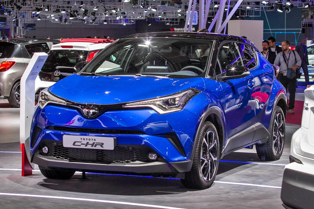 c-hr, il nuovo crossover ibrido al prezzo promozionale di 23.500 euro