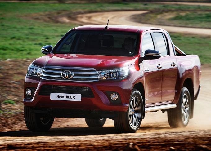 Nuovo Toyota Hilux, emozione integrale al Motor Show 2016 [VIDEO]
