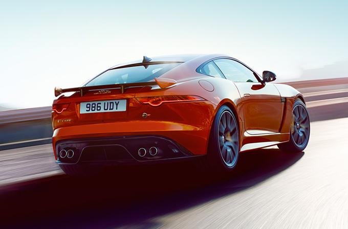 Jaguar F-Type: la prossima generazione potrebbe adottare il motore centrale