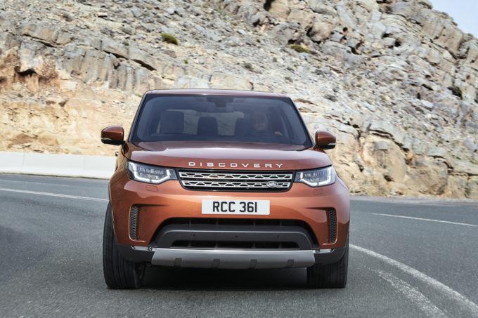 Nuova Land Rover Discovery: sdoppiata la produzione