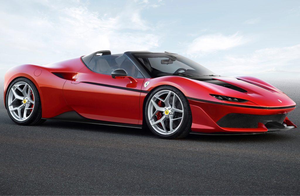 Ferrari celebra i 50 anni in Giappone con la splendida J50