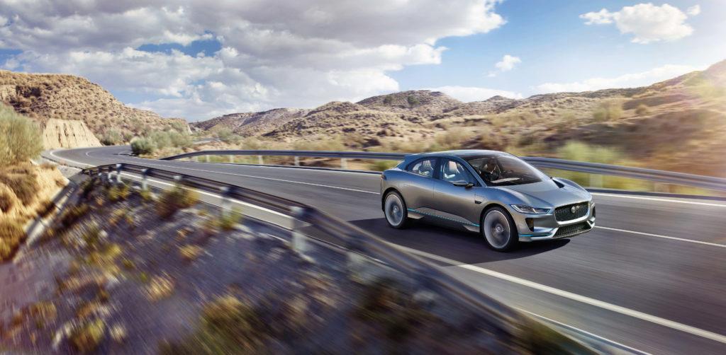 Jaguar Land Rover: accordo con CloudCar per lo sviluppo delle tecnologie delle vetture connesse