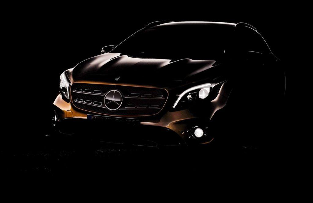 Mercedes GLA: al Salone di Detroit 2017 debutta il facelift [TEASER]