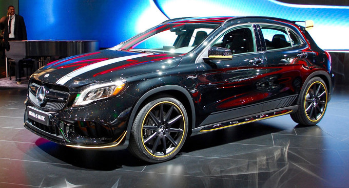 mercedes gla 45 amg my 2017 foto. Black Bedroom Furniture Sets. Home Design Ideas
