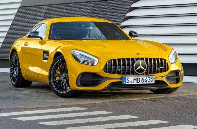 Salone di Detroit 2017: Mercedes-AMG GT C Coupé, nuovo formato per la sportività della Stella [FOTO]