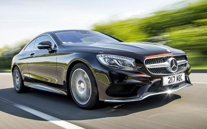 Mercato auto premium in Italia: Mercedes batte Audi per 388 auto