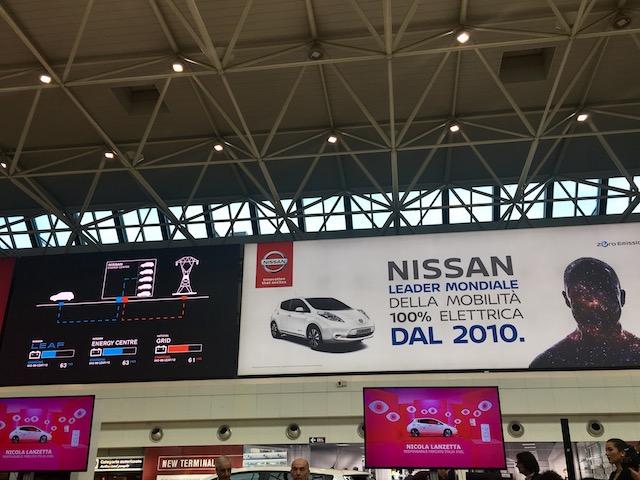Nissan_LEAF11