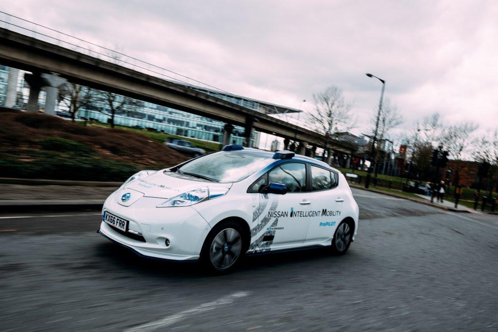 Nissan e la guida autonoma: primi test su strada in Europa