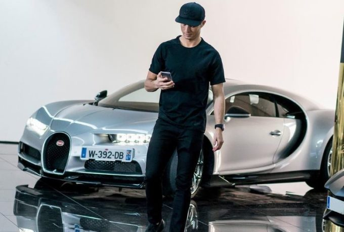 La Bugatti Chiron conquista anche Cristiano Ronaldo [VIDEO]