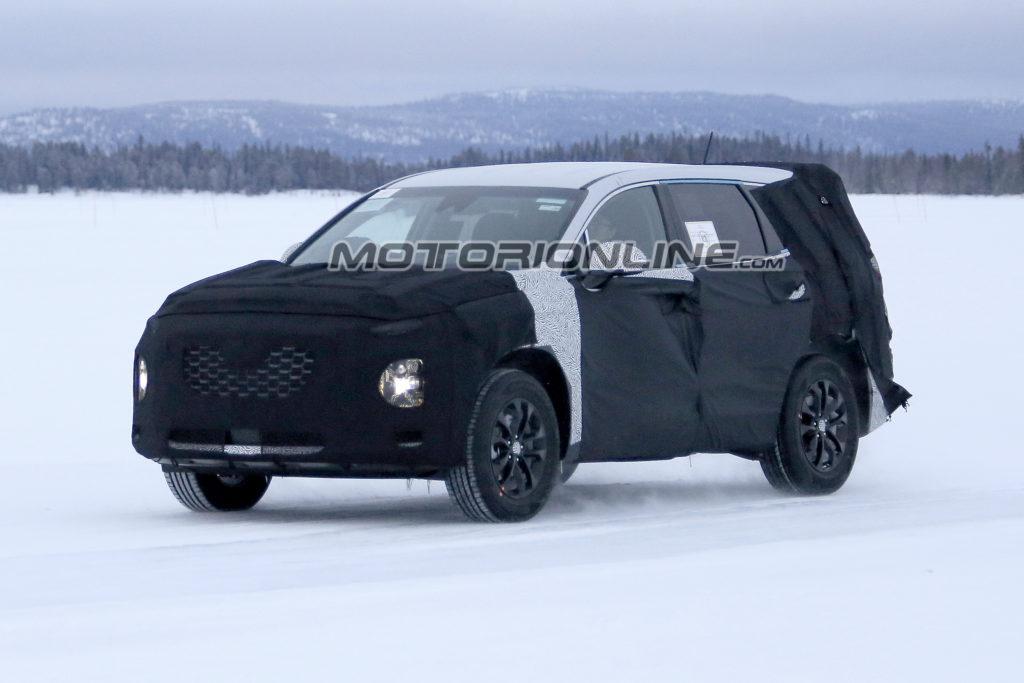 Hyundai Santa Fe: il nuovo modello sarà ancora più grande [FOTO SPIA]