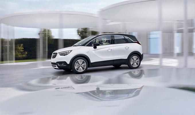 Opel Crossland X: la presentazione del nuovo CUV tedesco [LIVE]
