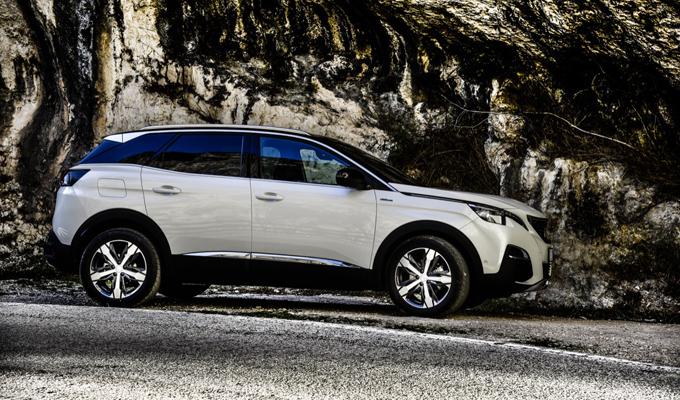 Peugeot 3008 - Gola del Furlo