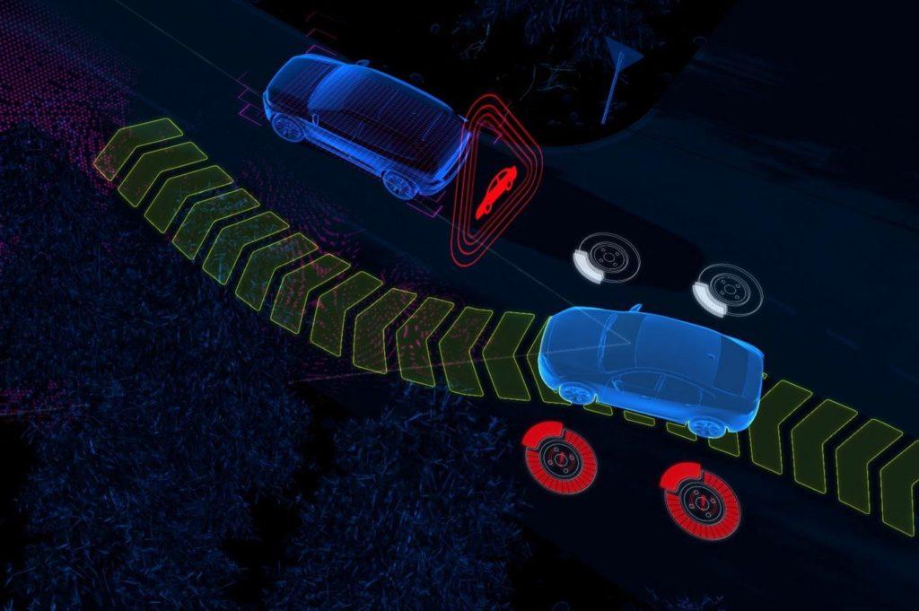 Volvo XC60 MY 2018: sicurezza al top con nuove tecnologie di assistenza alla guida [TEASER]