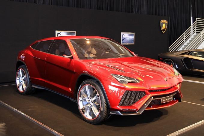 Lamborghini Urus: il potente suv potrebbe essere presentato a Shanghai