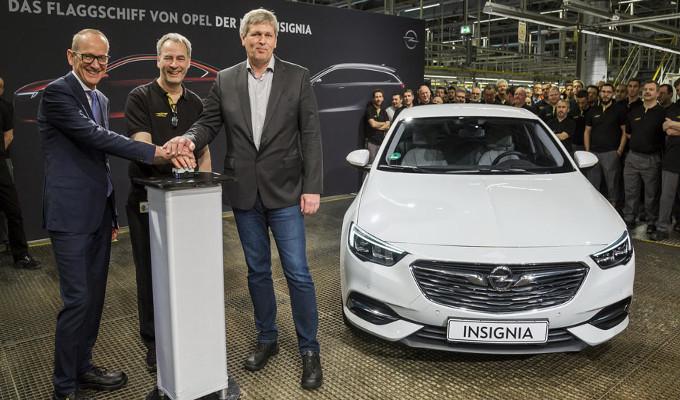 Opel Insignia Grand Sport: ecco il primo esemplare prodotto
