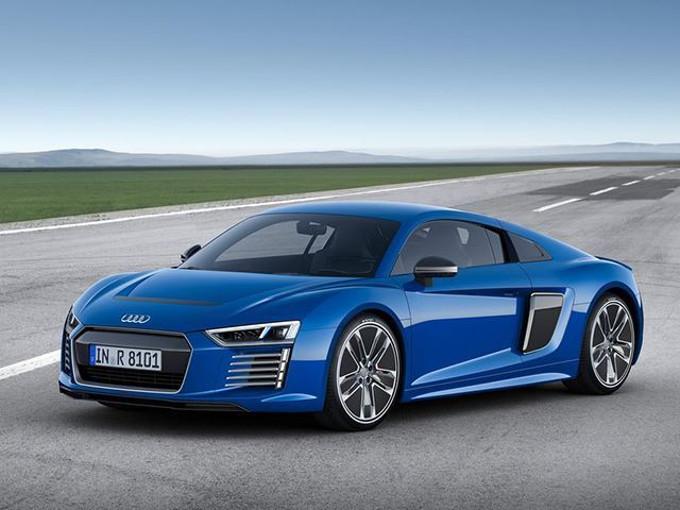 Audi pensa ad una Hypercar elettrica: nel mirino l'Aston Martin Valkyrie