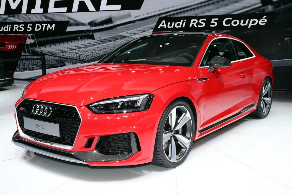 Audi RS5 Coupé, si rinnova a Ginevra la sportività in grande stile di Ingolstadt [VIDEO LIVE]