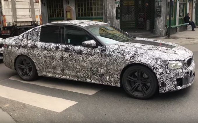 BMW M5 MY 2018: il prototipo filmato in strada [VIDEO SPIA]