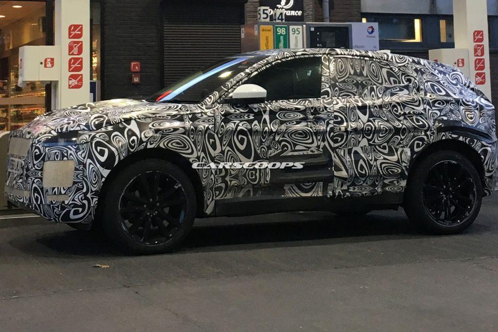 Jaguar E-Pace: il prototipo avvistato sulle strade del Belgio [FOTO SPIA]