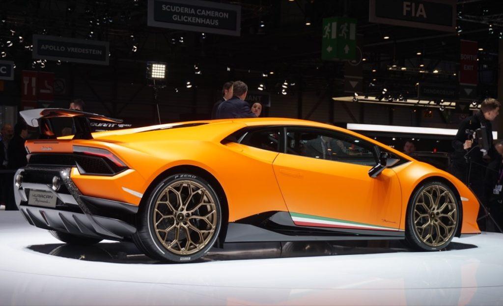 Lamborghini Huracan Performante: viaggio intorno al nuovo bolide del Toro [VIDEO LIVE]