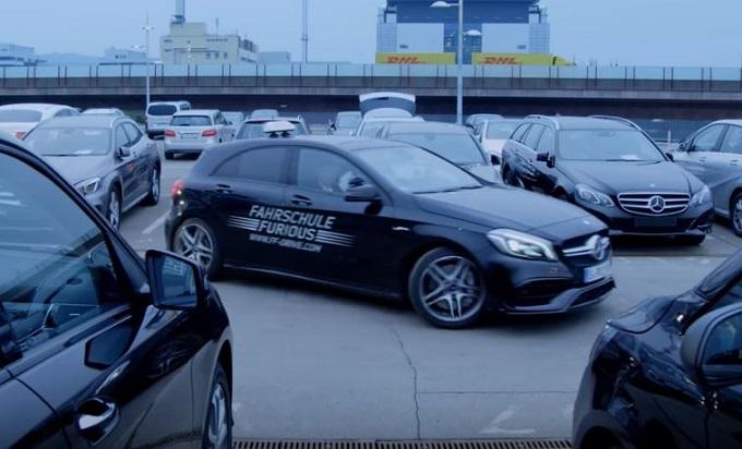 Mick Schumacher e le manovre di parcheggio [VIDEO]