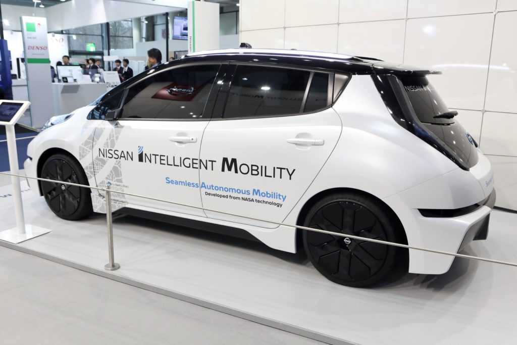 Nissan debutta al CeBIT con tecnologie per la guida autonoma