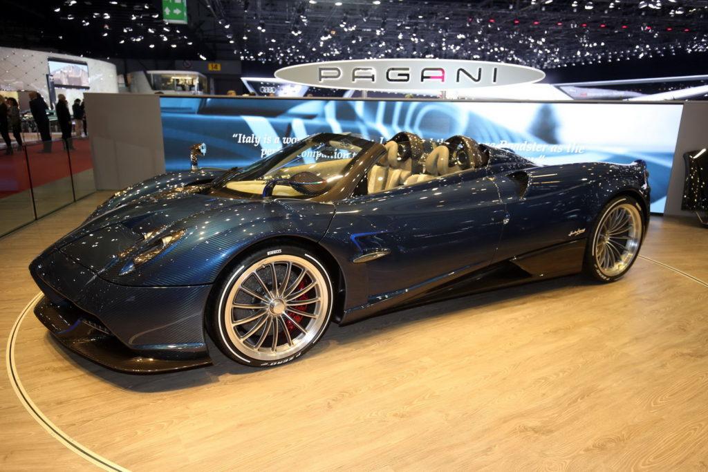 Pagani Huayra Roadster: l'esclusivo nuovo bolide open air ammalia Ginevra [VIDEO LIVE]