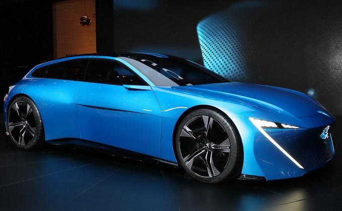 """Peugeot Instinct Concept, Brille: """"Visione dell'esperienza di guida connessa"""" [GINEVRA 2017]"""