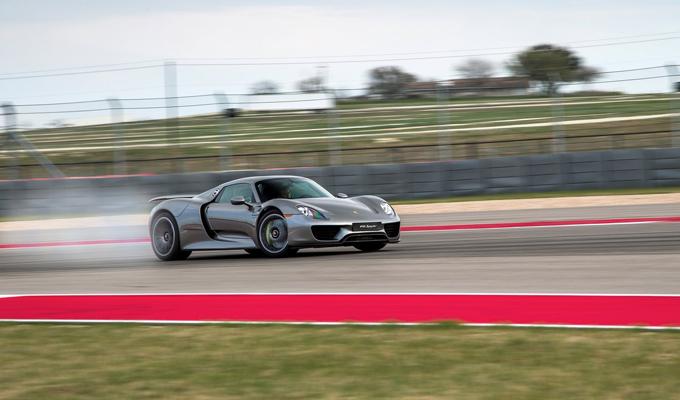 Porsche Top 5: le vetture più coinvolgenti e avveniristiche [VIDEO]