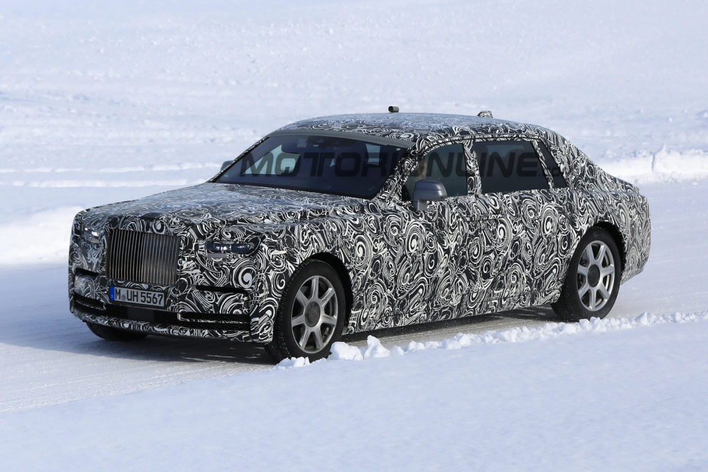 Rolls-Royce Phantom MY 2018 pizzicata durante i test invernali [VIDEO SPIA]