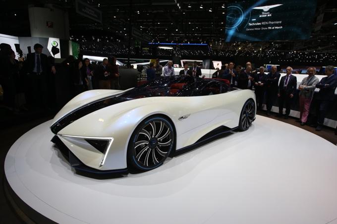 Salone di Ginevra, Techrules Ren: la supercar elettrica con generatore a turbina da 1.305 CV [FOTO LIVE]